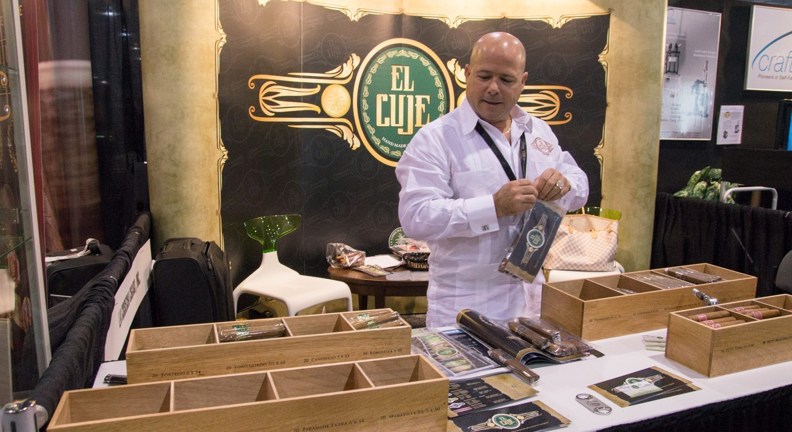 Blind Cigar Review: El Cuje | Big Boss Collection Toro Gordo