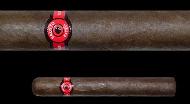 Blind Cigar Review: Tatuaje | Fausto FT153 (Toro)