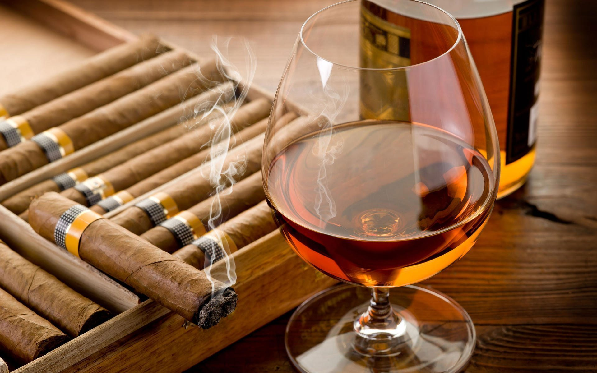 Tips and Tricks: How to Pair a Cigar with a Beverage