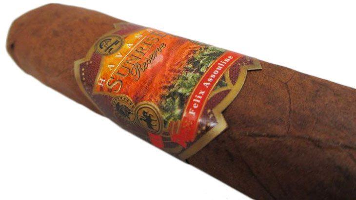 Blind Cigar Review: Felix Assouline | Havana Sunrise Reserve Ray
