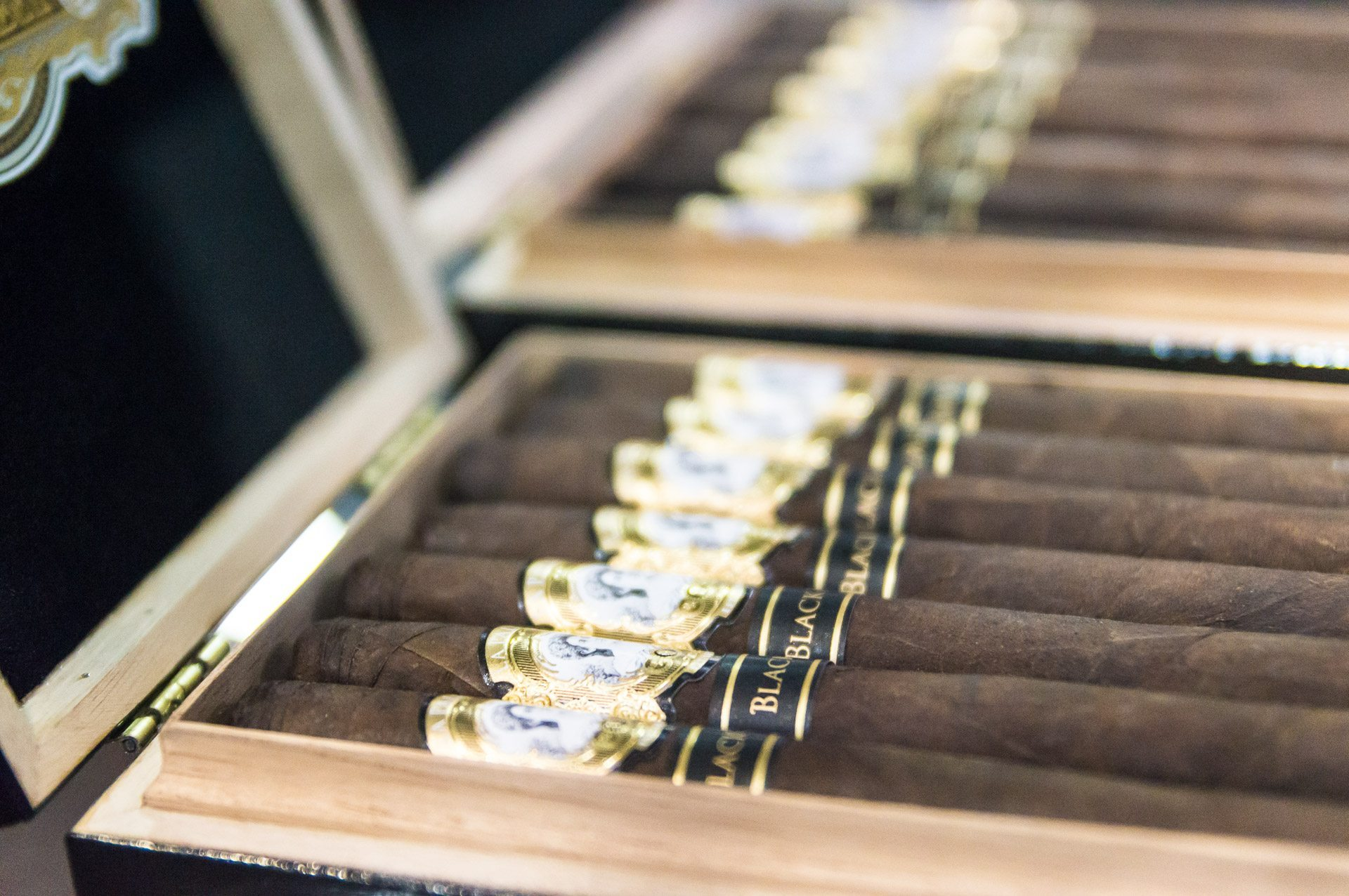 IPCPR 2014: The Show in Pictures – La Palina, La Sirena and Leaf & Bean