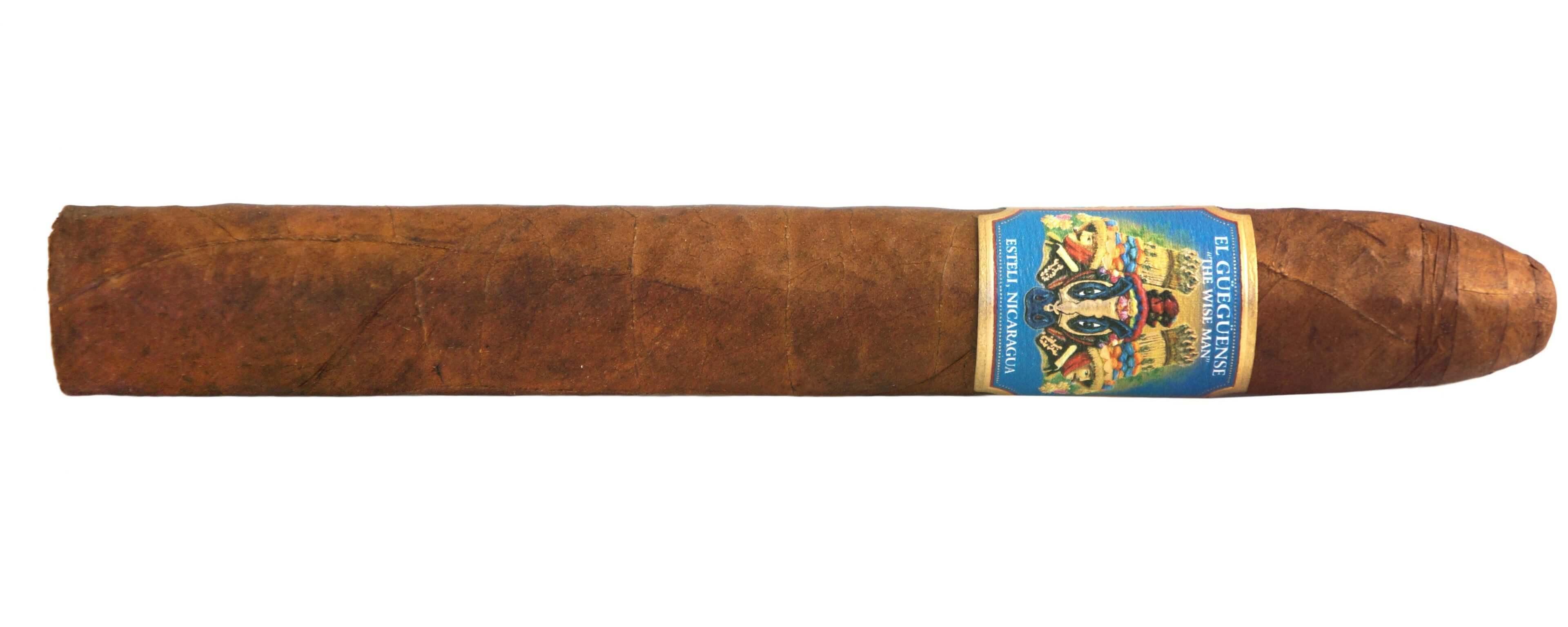 Blind Cigar Review: Foundation | El Güegüense Torpedo