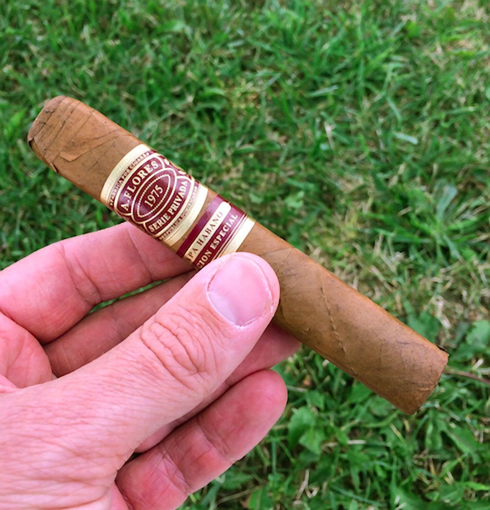 Quick Cigar Review: A. Flores | 1975 Serie Privada Capa Habano