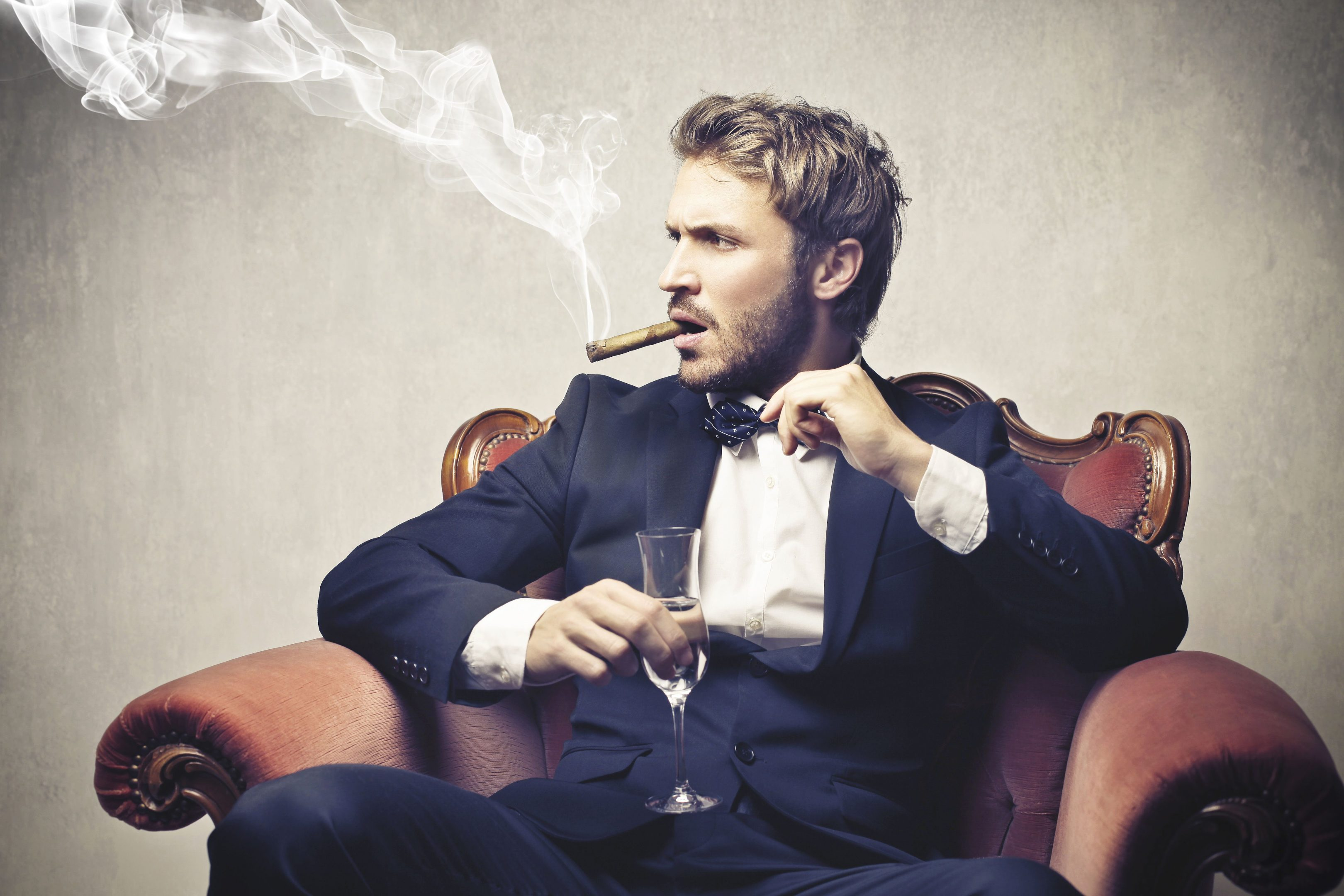 Tips and Tricks: Who Brought This Guy? (Cigar Store and Lounge Etiquette)