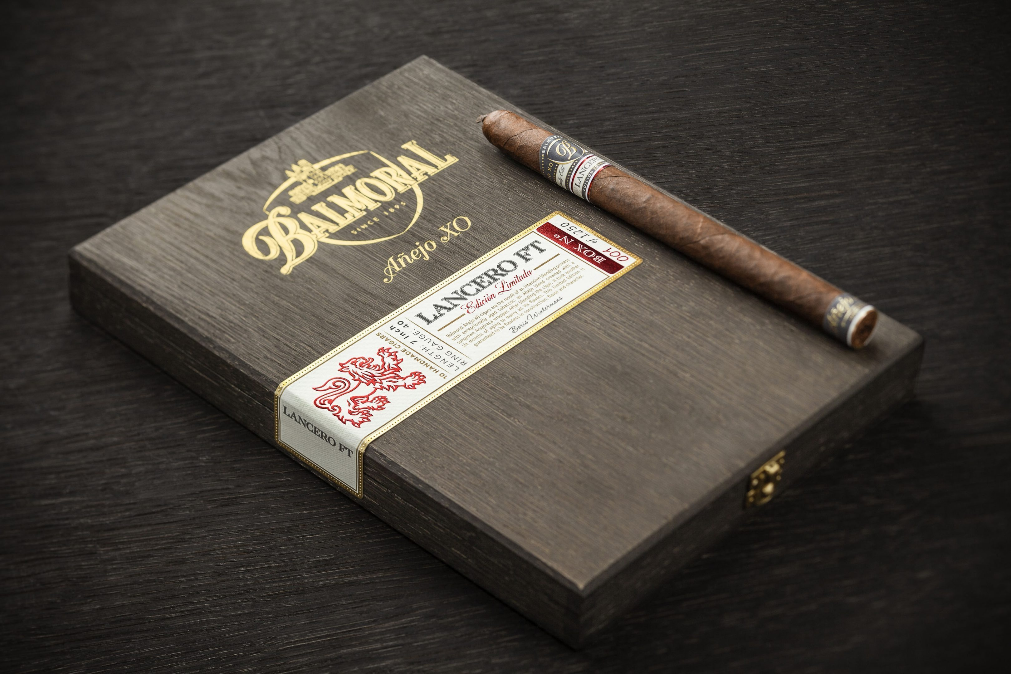 Cigar News: Royal Agio Announces New Balmoral Añejo XO Sizes