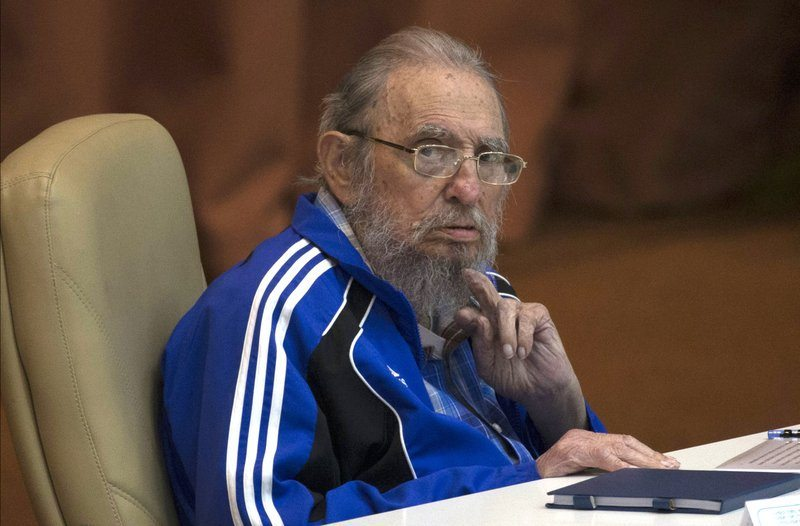 Cigar News: Cuba's Fidel Castro dies at 90