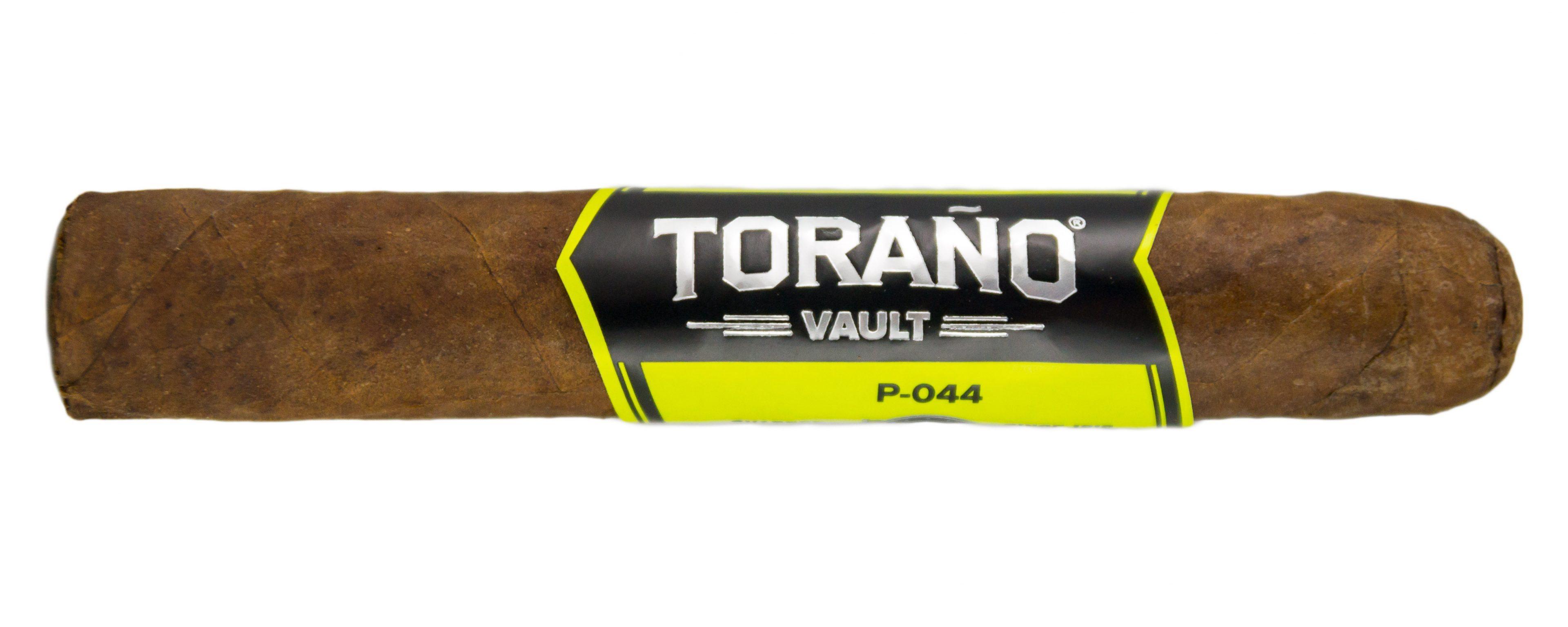 Blind Cigar Review: Carlos Torano   Vault P-044 Robusto