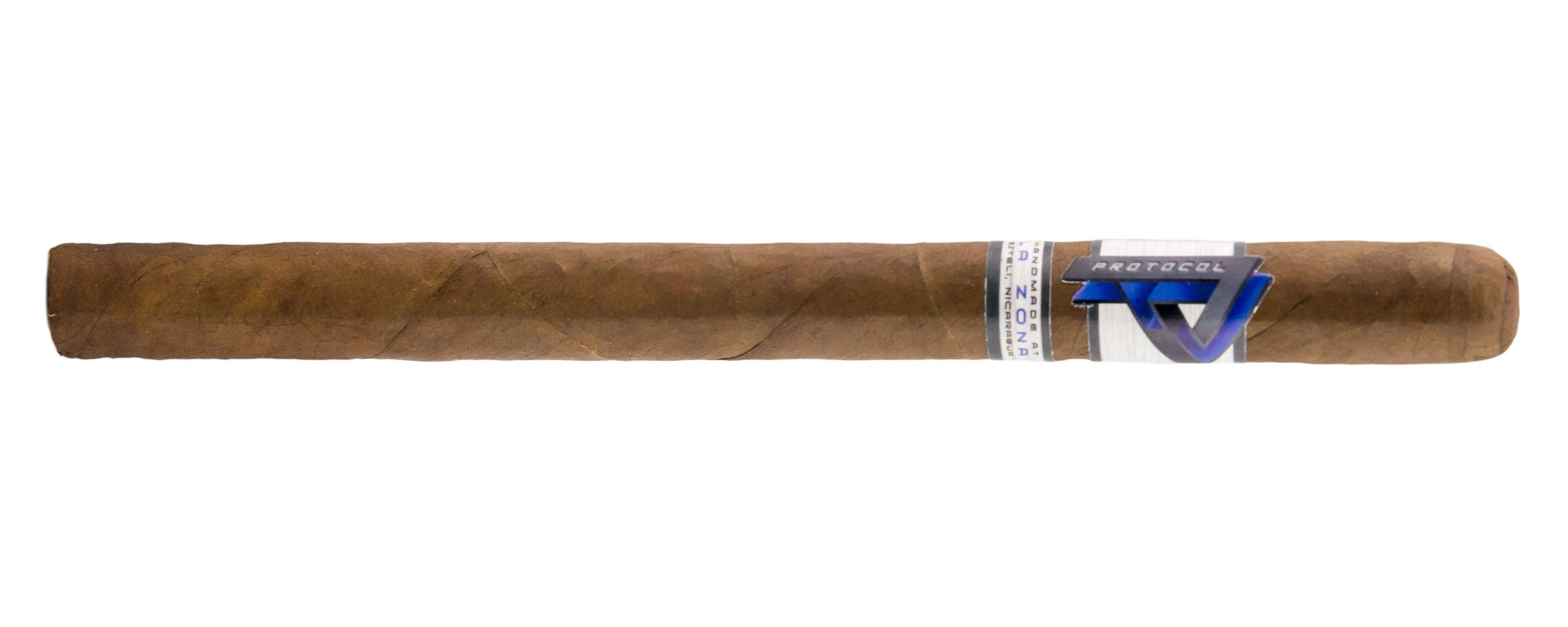 Blind Cigar Review: Cubariqueño | Protocol Lancero