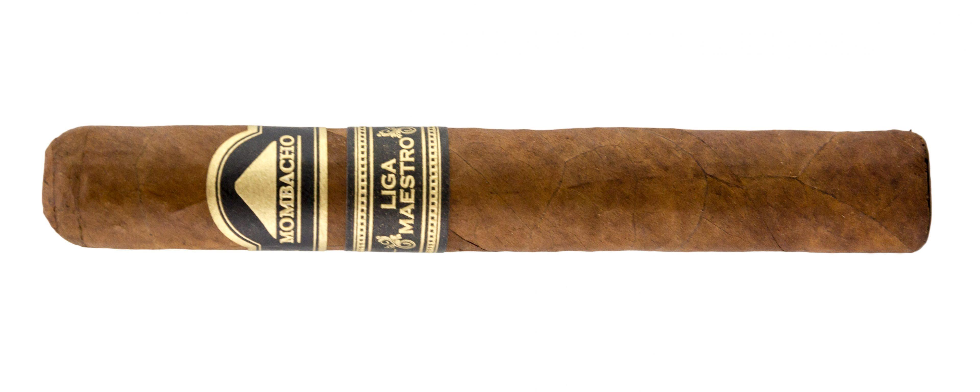 Blind Cigar Review: Mombacho | Liga Maestro Novillo
